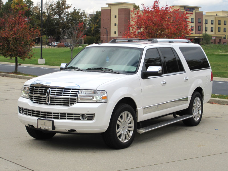 White 2014 Lincoln Navigators for Sale  Used on Oodle