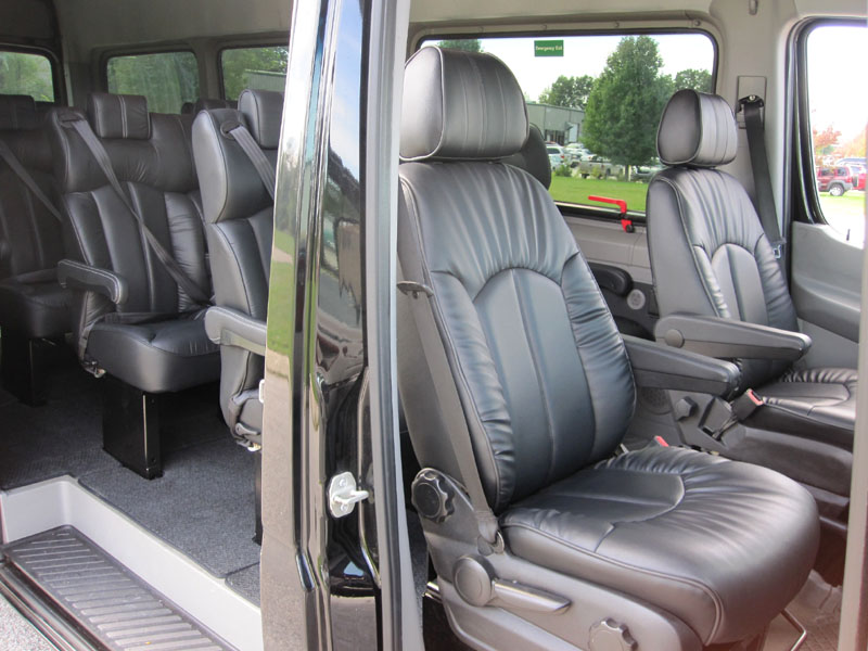 15 passenger limousine mercedes benz sprinter dodge for Mercedes benz sprinter 15 passenger