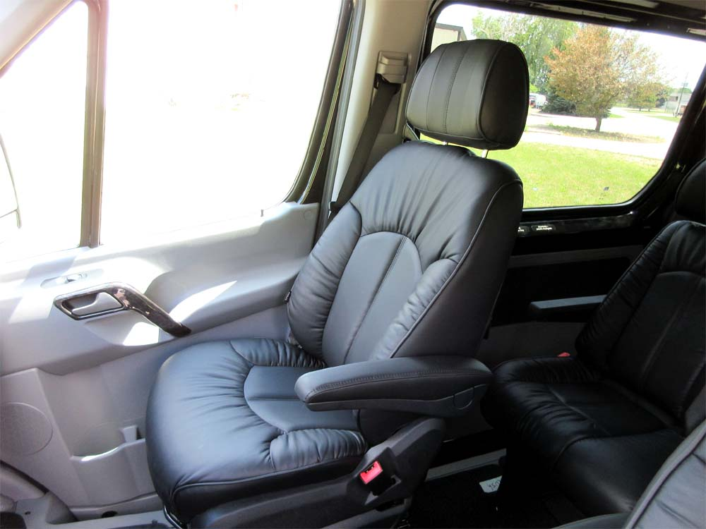 Luxury Limousine Seating For Mercedes Dodge Freighliner