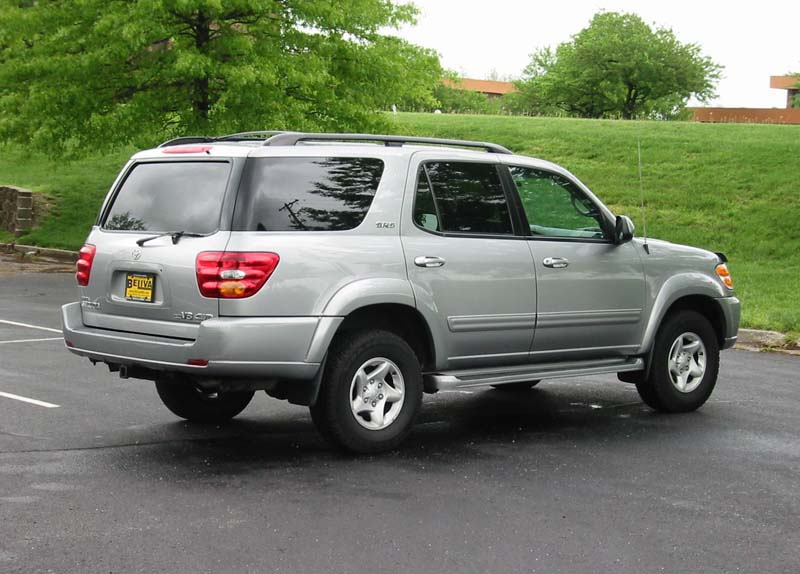 2001 toyota sequoia sr5 4x4 silver on gray leather interior. Black Bedroom Furniture Sets. Home Design Ideas