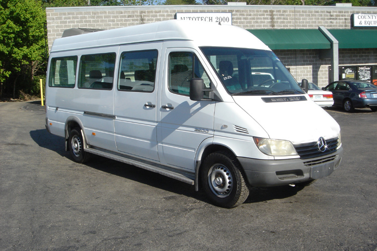 2006 sprinter 10 passenger 15wb for Mercedes benz sprinter 15 passenger