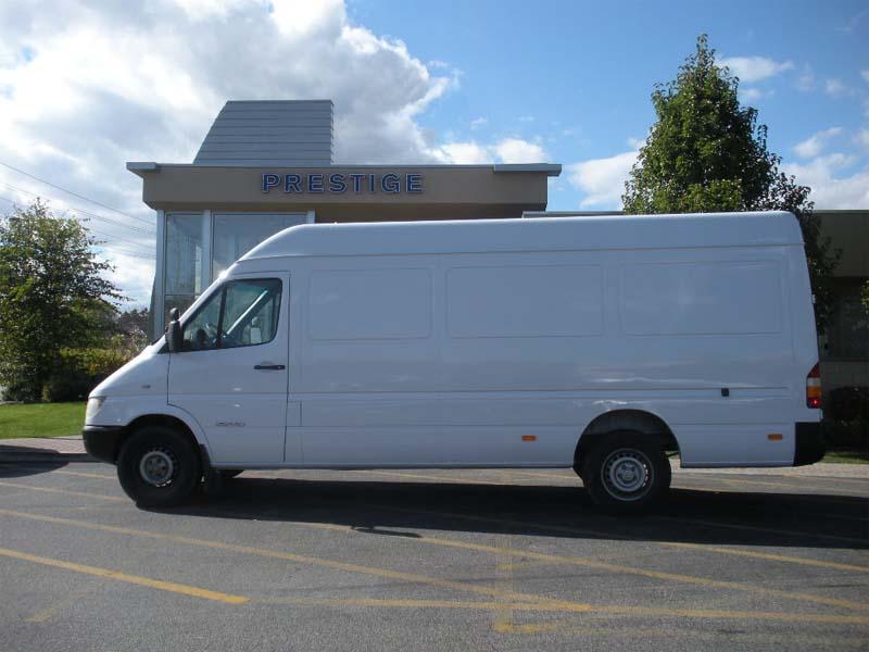 2005 Sprinter 2500 158WB SHC Van