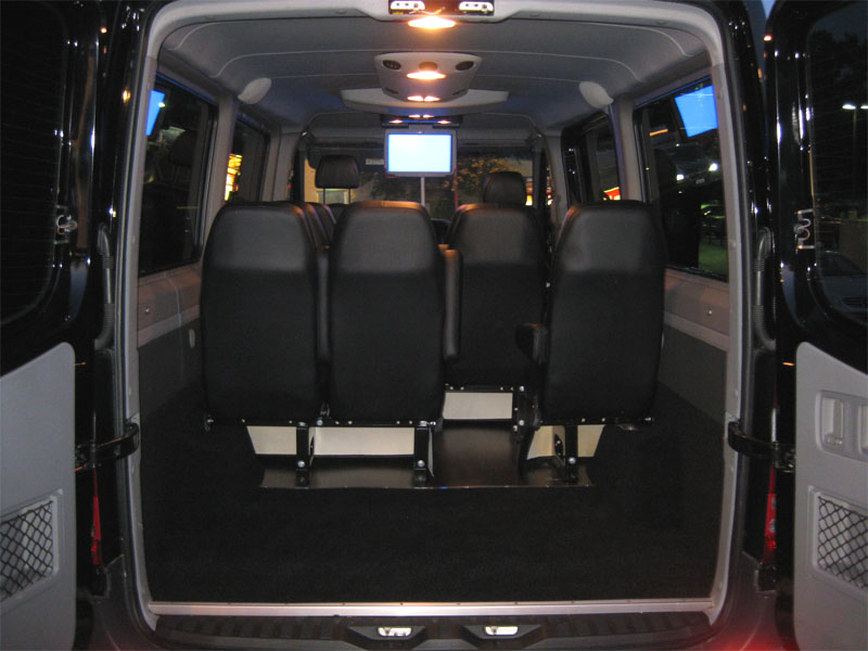 2011 Mercedes-Benz Sprinter 12 P