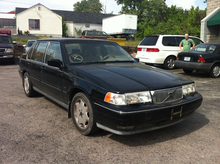 Buy used 1998 Volvo S90. Perfect 1 owner with 80K miles. fully serviced. 3500 TODAY ONLY in ...
