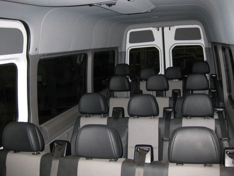 Dodge sprinter 2500 14 passenger luxury sprinter limo 3 for Mercedes benz sprinter 15 passenger