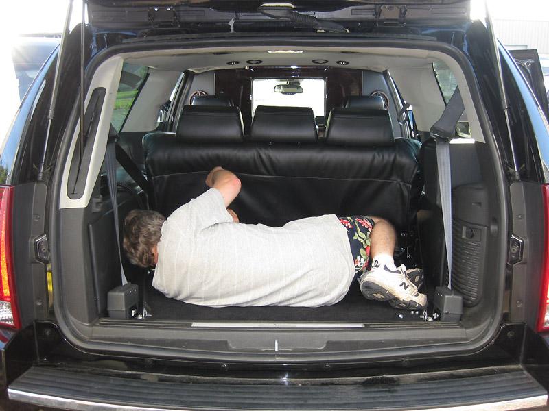 2007 Cadillac Escalade 7 Passenger Executive Limousine