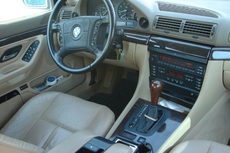 1998 Bmw 740il Black On Tan Leather Interior